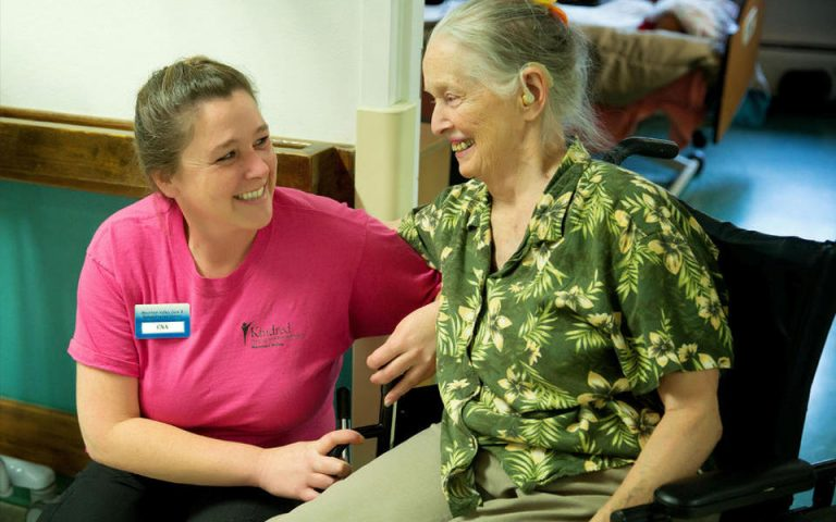 Know the Differences Between Nursing Homes and a Rehab Center